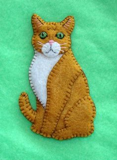 Felt Ornaments Patterns, Felt Crafts Patterns, Felt Embroidery, Felt Applique, Diy Cat Tent, Felt Cat, Felt Decorations, Felt Christmas Ornaments, Cat Crafts