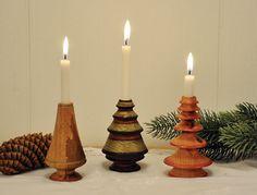 Drejede minitræer med juletræslys af Tage Pedersen