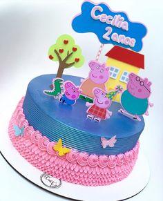 Bolo Da Peppa Pig, Peppa Pig Birthday Cake, 1st Birthday Party Themes, Chocolate Cake Designs, Simple Cake Designs, Happy Birthday Wallpaper, Cake Craft, Character Cakes, Buttercream Cake
