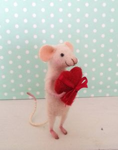 Needle felted mouse, collectible,  fiber dollhouse, miniature, figurine, mice, felt, art mouse, love, heart