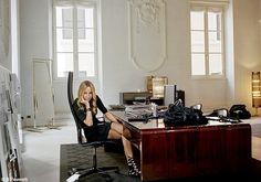 Italian Fashion Designers ~ ~ The Great Designers: Frida Giannini for Gucci Best Interior Paint, Gucci, Paint Brands, Italian Fashion Designers, Types Of Furniture, Rome, House Design, Chic, Stylish
