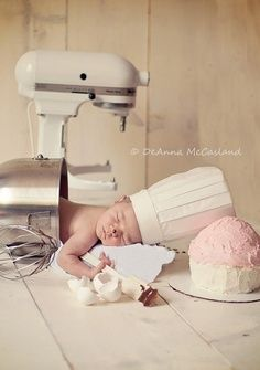 Awwww this would be so cute for little Gloria <3
