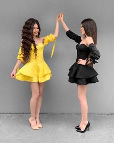 Yellow or Black . Dresses by 💫 Twin Outfits, Teenage Outfits, Hot Outfits, Girly Outfits, Young Fashion, Teen Fashion, Fashion Beauty, Fashion Outfits, Fashion Tips