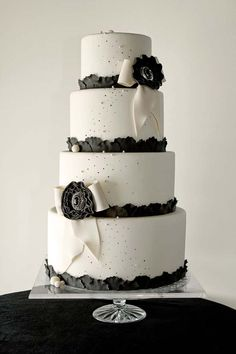 white fondant 4 tier wedding cake black accents and jewel centerpiece by the pastry studio Black White Cakes, Black And White Wedding Cake, White Wedding Cakes, Elegant Wedding Cakes, Cake Wedding, Elegant Cakes, Dream Wedding, Beautiful Cakes, Amazing Cakes