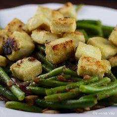 Grundrezept für knusprig gebratenen Tofu, ein leckeres Rezept aus der Kategorie Braten. Bewertungen: 119. Durchschnitt: Ø 4,6.