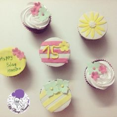 Good morning everyone :) #fifteenthbirtday #birthdaycupcakes #sugarflowers #flowers #sunflower #blossom #hydrangea #stripes #pink #yellow #mintgreen #customisedcupcakes #cupcakes #blackforest #chocolatecupcakes #whippedcream #floral #classy #atyummy #desserts #delhibakery #girliecupcakes