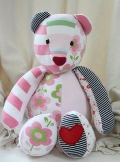 memory bear pattern free - Bing Images - link to several patterns! Sewing Toys, Sewing Crafts, Sewing Projects, Sewing Stuffed Animals, Stuffed Animal Patterns, Memory Crafts, Baby Crafts, Doll Patterns, Sewing Patterns
