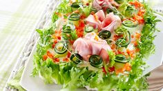 Fresh Rolls, Cobb Salad, Deserts, Table Decorations, Ethnic Recipes, Food, Drink, Red Peppers, Essen