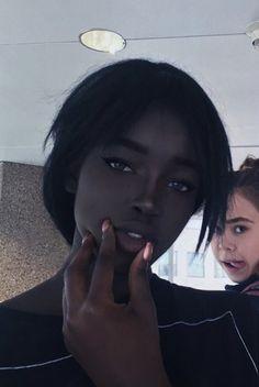 Dark Skin Makeup, Dark Skin Beauty, Beautiful Black Women, Beautiful Eyes, Gorgeous Girl, Lola Chuil, Ebony Beauty, African Beauty, Pretty People