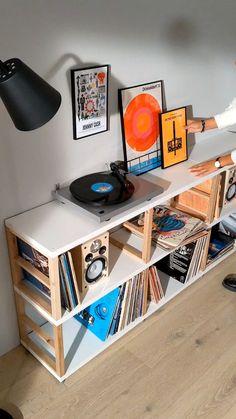 Vinyl Shelf, Vinyl Storage, Lp Storage, Room Ideas Bedroom, Bedroom Decor, Lp Regal, Home Music Rooms, Vinyl Room, Living Room Vinyl