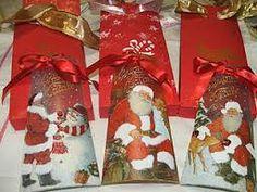 Risultati immagini per tegole natalizie decorate decoupage