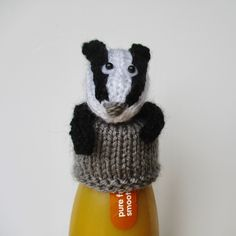 Innocent Big Knit Bottle Cosy knitting project shared on the LoveKnitting Community. Find more inspiration at LoveKnitting. Tea Cosy Knitting Pattern, Knitting Patterns Free, Knit Patterns, Free Knitting, Knit Crochet, Crochet Hats, Big Knits, Hobbies And Crafts, Craft Fairs