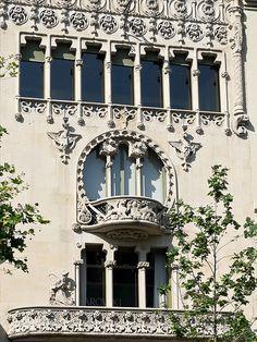 Barcelona Casa Lleó Morera by Philip1001971, via Flickr