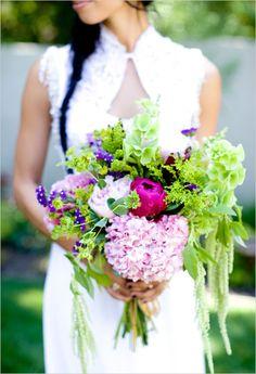 Like organic shape.  Bouquet size too large.  No light pinks