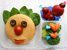 Getting started with bento boxes! Tutorial and 21 fabulous lunch creations. Making a bento box lunch for a kid or an adult? Try this Funny Face Bagel lunch, and take a look at our gallery for more creative lunch ideas. Bento Box Lunch, Lunch Snacks, Box Lunches, Lunch Boxes, Kid Snacks, Healthy Lunches, Healthy Food, Cute Food, Good Food