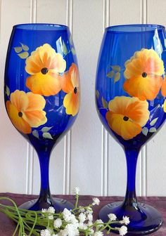 Hand painted wine glasses orange and yellow pansies /bridal shower/gift for her/birthday gifts/Mother's Day/wedding /gifts/anniversary Blue Wine Glasses, Hand Painted Wine Glasses, Mother Birthday Gifts, Mother Gifts, Wedding Anniversary Gifts, Wedding Gifts, Bridal Shower Gifts, Pansies, Glass Art