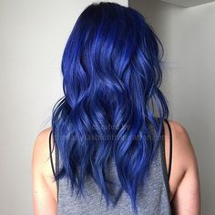 Deep blue shade hair dye