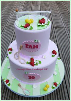 Tennis and strawberries :-) - Cake by Heavenly Treats by Lulu
