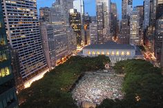 NYC Outdoor Movie Calendar 2015 - Free Summer Film Screenings New York Summer In Nyc, Free Summer, Summer 2014, Summer Time, Puerto Rico, Nyc Bucket List, Outdoor Movie Screen, A New York Minute, Voyage New York