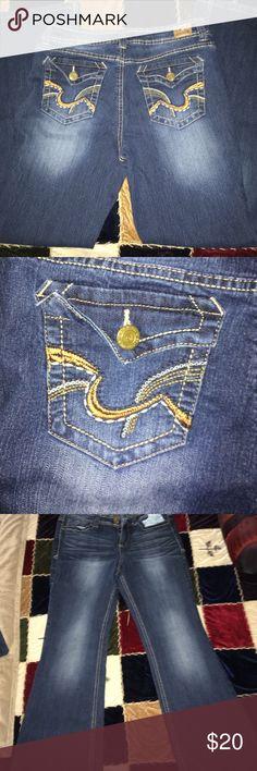 Jeans 👖 size 9 lei Lei jeans size 9 flare leg lei Jeans Boot Cut