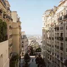 Montmartre, Paris by Mark Wickens