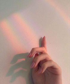 ꒰ 彡pinterest: ♡ ᴱᴬᴿᴬ ♡ 彡 ꒱ pink rainbow aesthetic, rainbow, aesthetic, cute, grunge Aesthetic Grunge, Aesthetic Photo, Aesthetic Fashion, Peach Aesthetic, Hipster Vintage, Style Hipster, Tumblr Gril, Ulzzang Girl Fashion, Wallpaper Flower