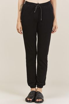 Ultra soft relaxed fit sweatpants with an elastic waistbandwith interior cinch ties and elastic cuffs. Cotton Made in USA Kim is wearing a size S. Kim is a US 2 in dresses & bottoms, a 26 in denim and S in tops. Cotton Citizen, Sweatpants, Denim, Aspen, Jet, How To Wear, Collection, Black, Tops