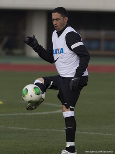 FIFA Club World Cup 2012 - Training Sessions: Chicão