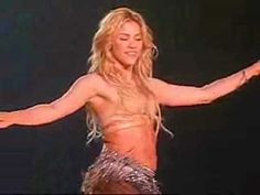 ▶ SHAKIRA BELLY DANCING!! BEST VIDEO EVER!! - YouTube