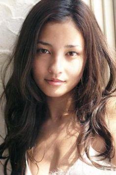「meisa kuroki」の画像検索結果