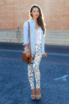 Chambray denim shirt, white top, blue/ivory floral print leggings and white sandals