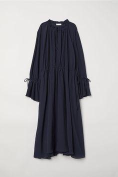 Klänning i sidenmix - Mörkblå - DAM | H&M SE 4
