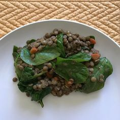 One of my family's favorite healthy & simple meals that is cooked often at home is lentil stew. Lentil's are packed with delicious nutrients. They are easy to prepare & you can add just about any veggies and they'll taste great. Tip: Soak lentils overnight. Rinse well in the morning. This will help them cook faster & will help prevent bloating and gas. • Una de las comidas favoritas de mi familia que es saludable y sencilla y se cocina muy seguido en casa es el estofado de lentejas. Las…