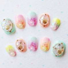 nail art design for short nails, colorful, shell Chic Nails, Love Nails, Pretty Nails, Kawaii Nail Art, Cute Nail Art, Japanese Nail Art, Mermaid Nails, Ideas Geniales, Cute Nail Designs
