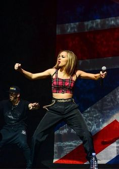 Jade Thriwall gone gangsta Little Mix Updates, Jade Amelia Thirlwall, Disney Queens, Mix Photo, Jesy Nelson, British Invasion, I Give Up, Love My Family, Perrie Edwards