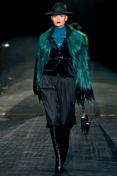 Gucci Fall 2011 Ready-to-Wear Collection on Style.com: Complete Collection
