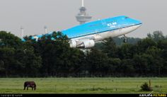 KLM Asia Boeing 747-400 PH-BFM www.corporatetravelagency.net