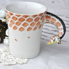It looks like this giraffe is losing his spots! What a fun coffee mug! #Coffee #Mug #MrCoffee