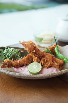 DINING SPOTLIGHT: NEW DIRECTION  Former Musashino chef opens his own izakaya and yakitori restaurant, Fukumoto.