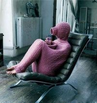 stay completely warm while you have a drink, but I think they need to put some socks on...