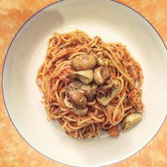 Spaghetti Saturdays are the best! #pasta #mushroom #chicken #arabiatta #marinara #dinnerware #Italian #plated #homechef #yum #igers #foodgasm #food #foodie #instafood #goodfood #hungryforeverco #HungryForever