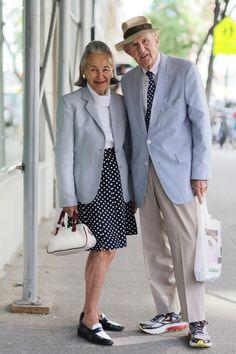 Esta pareja que coordina atuendos: | 34 Abuelitas que tienen mejor estilo que tú