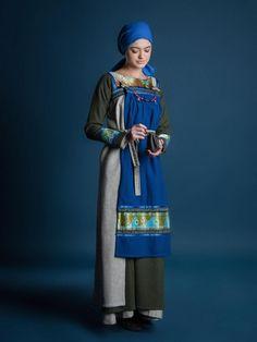 """Women viking outfit """"Freyja style"""" - VIK-12 (). This women viking clothing """"Freyja style"""" historicaly correct."""