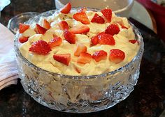 Recipe for Eaton Mess. love this!