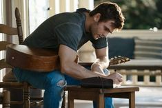Alex Roe in Forever My Girl (8)