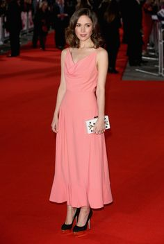 Rose Byrne Photos - I Give It A Year - European Premiere - Red Carpet Arrivals - Zimbio