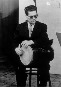 Hossein Tehrani Persian percussionist
