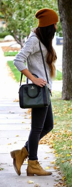 Daily New Fashion : In Line Zip Skinny Jeans, Sweater , Handbag , Booties and Warm Cap.