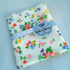 Ditsy Floral Vintage Fabric Fat Quarter