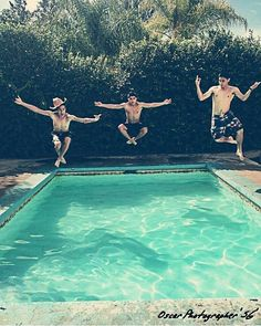 Pool party  Guadalajara  Foto por @galeria_osg11  #Guadalajara #enguadalajara #gdl #gdlmx #megustagdl #everymexico #igersmexico #igersguadalajara #mextagram #mexico #icu_mexico #loves_mexico #mexicoandando #creativosmx #mexicanosconx #poolparty #boys #party #findesemana #urbanexploration #perspective #photography #photooftheday #fotodeldia #vscocam #vscogdl